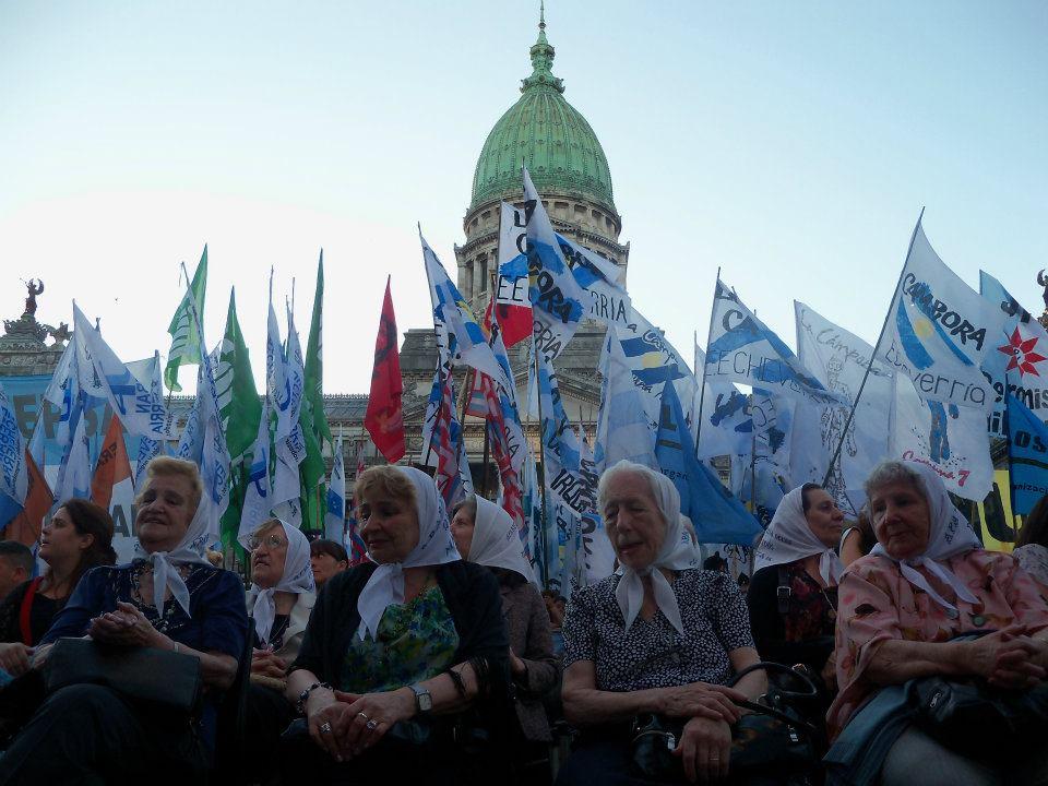 Las+Madres+homenajeadas+en+la+plaza+Congreso+1